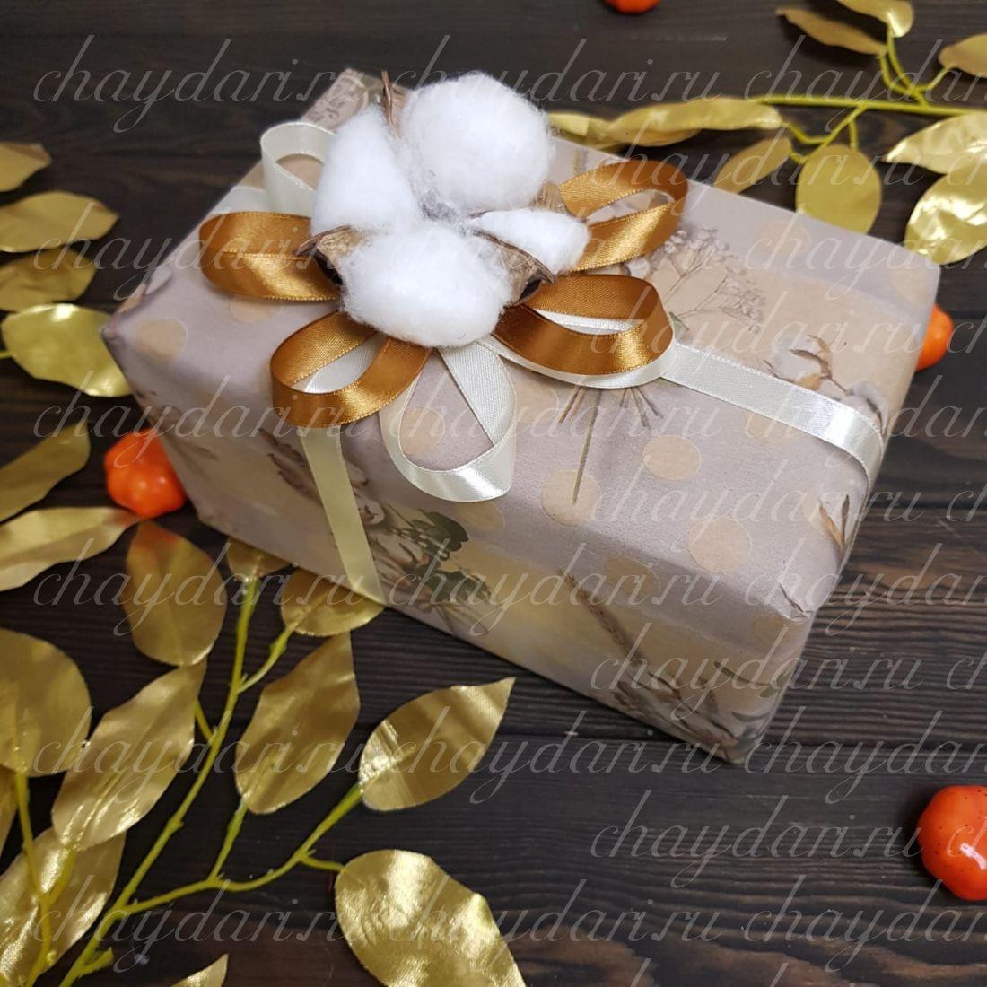 """Коробка с чаем и сладостями """"Хлопок с медом"""""""
