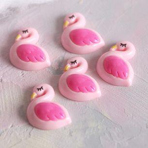 Кукольная миниатюра - Кабошон фламинго, 2 см