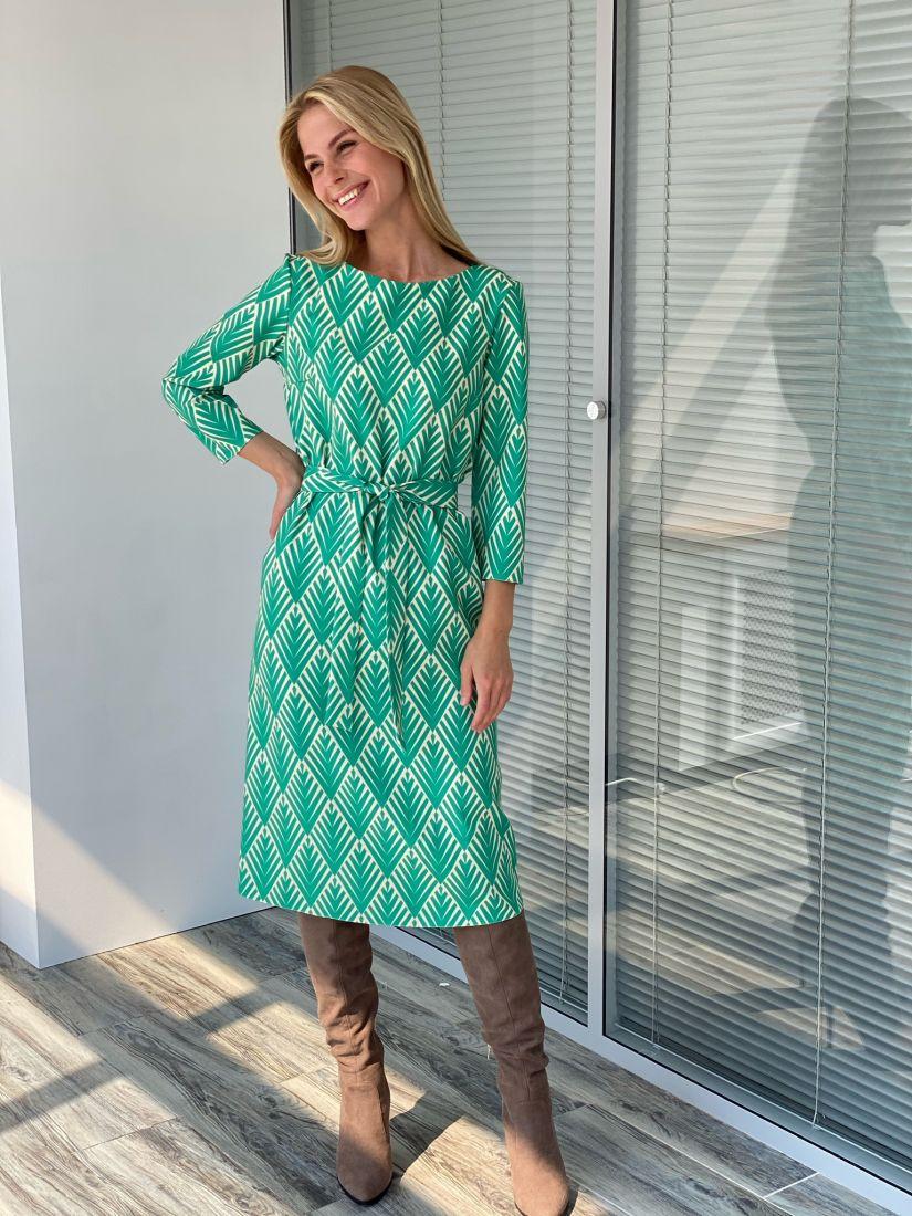 s2242 Платье прямое в зелёном цвете