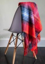 Легкий шотландский плед, тартан ЛОККЭРРОН РУБИНОВЫЙ LOCHCARRON RUBY TARTAN LAMBSWOOL BLANKET, плотность 6.