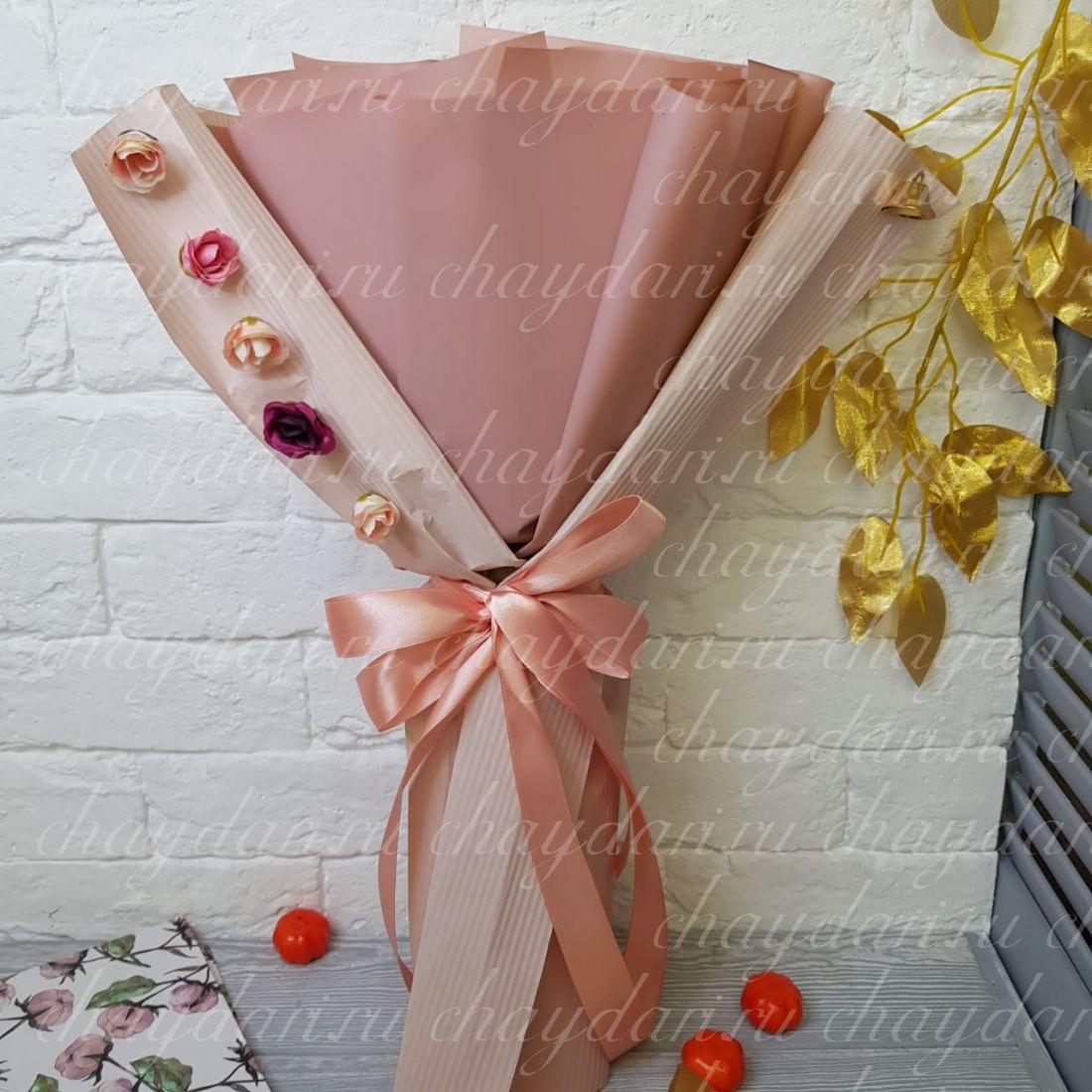 """Букет из чая и сладостей """"Парад роз"""""""