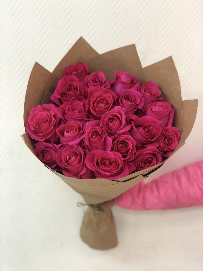 25 роз Pink Floyd 50 см в крафт бумаге