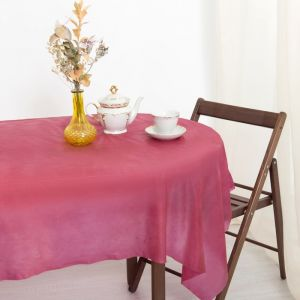 Скатерть для дачи Хозяюшка Радуга, цвет бордо 137?274 см