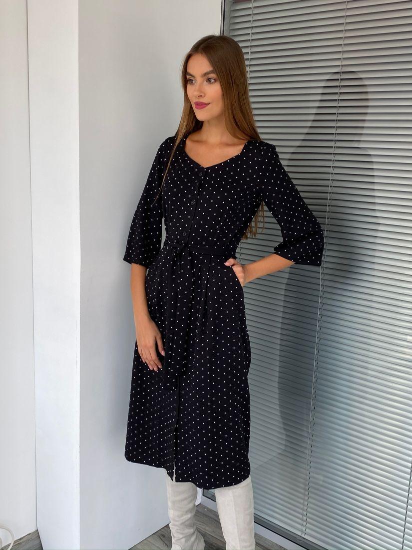 s2600 Платье с фигурным вырезом и пуговичками в горох чёрное
