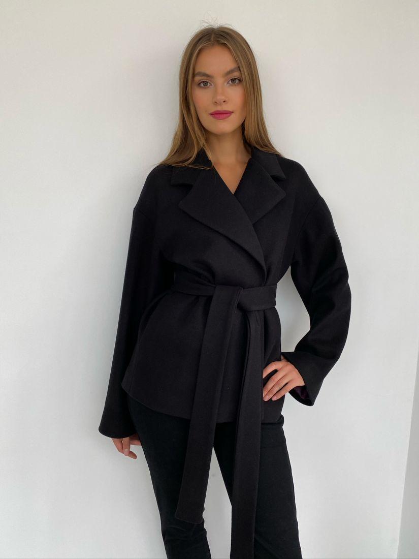 s2602 Пальто короткое чёрное