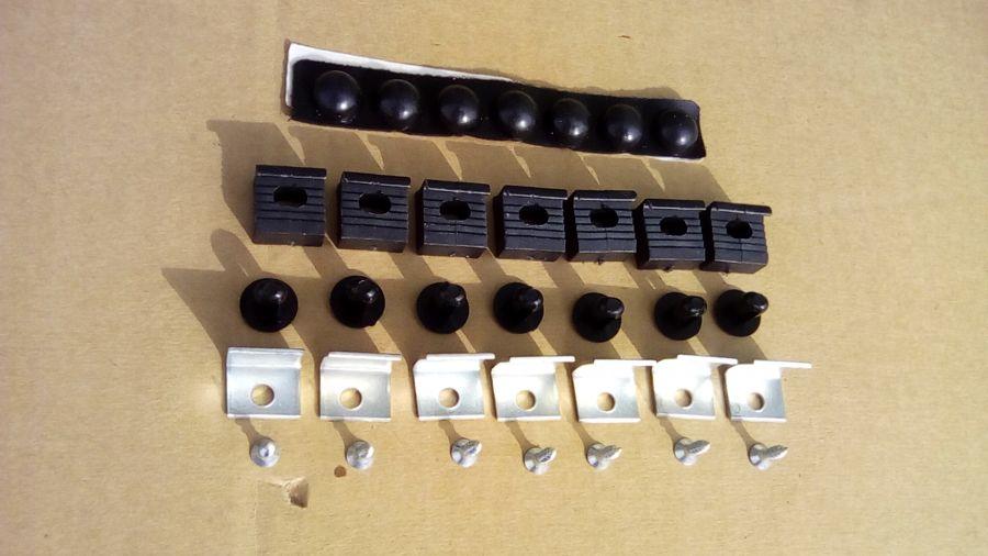 Крепеж универсальный для дефлектора капота R8600AC000 Hyundai
