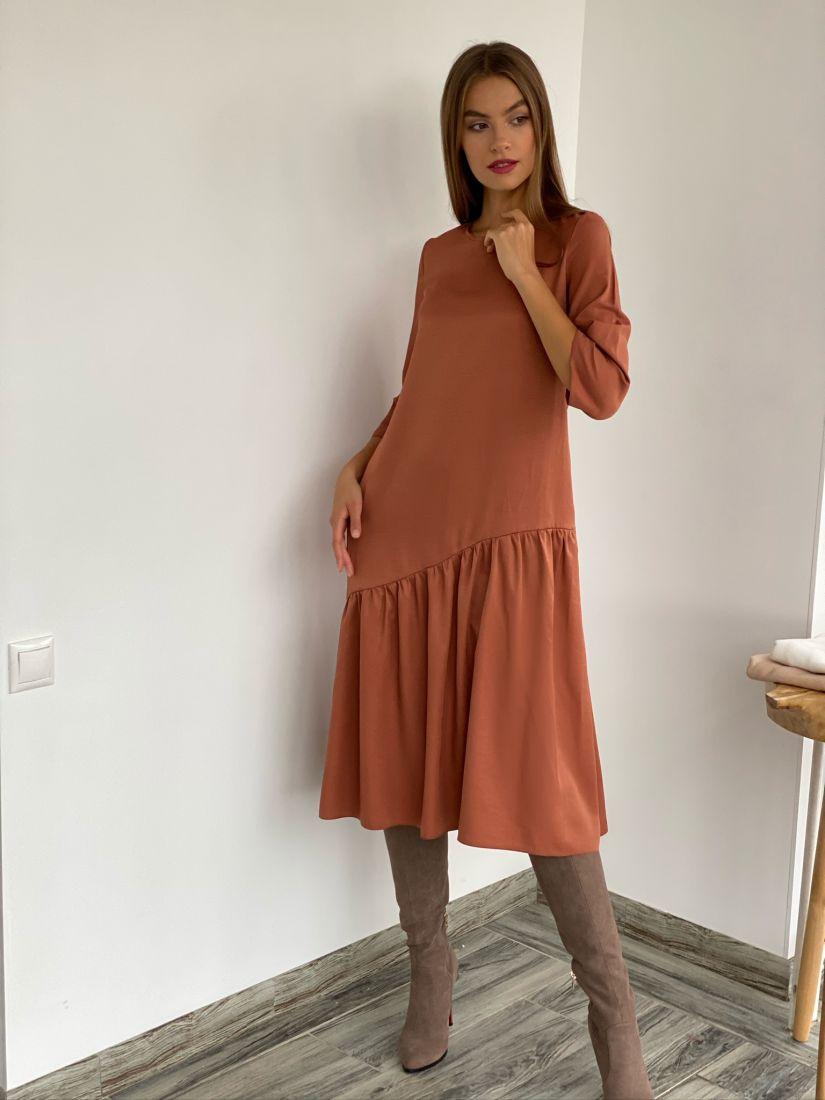 s2669 Платье с асимметричным воланом терракотовое