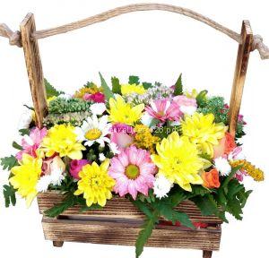 Деревянный ящичек с цветами №3