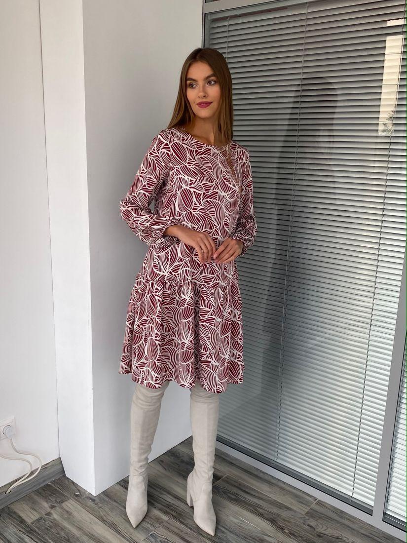s2691 Платье с воланом с графичным дизайном