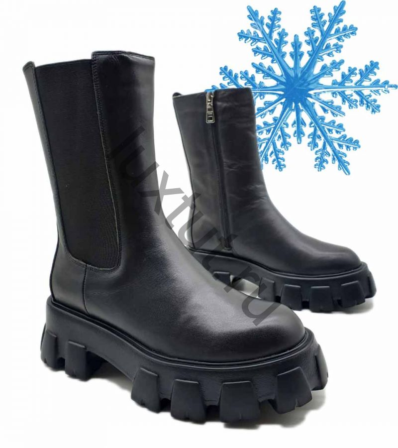 Зимние ботинки Prada