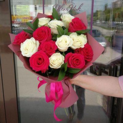 Букет Микс из 15 роз