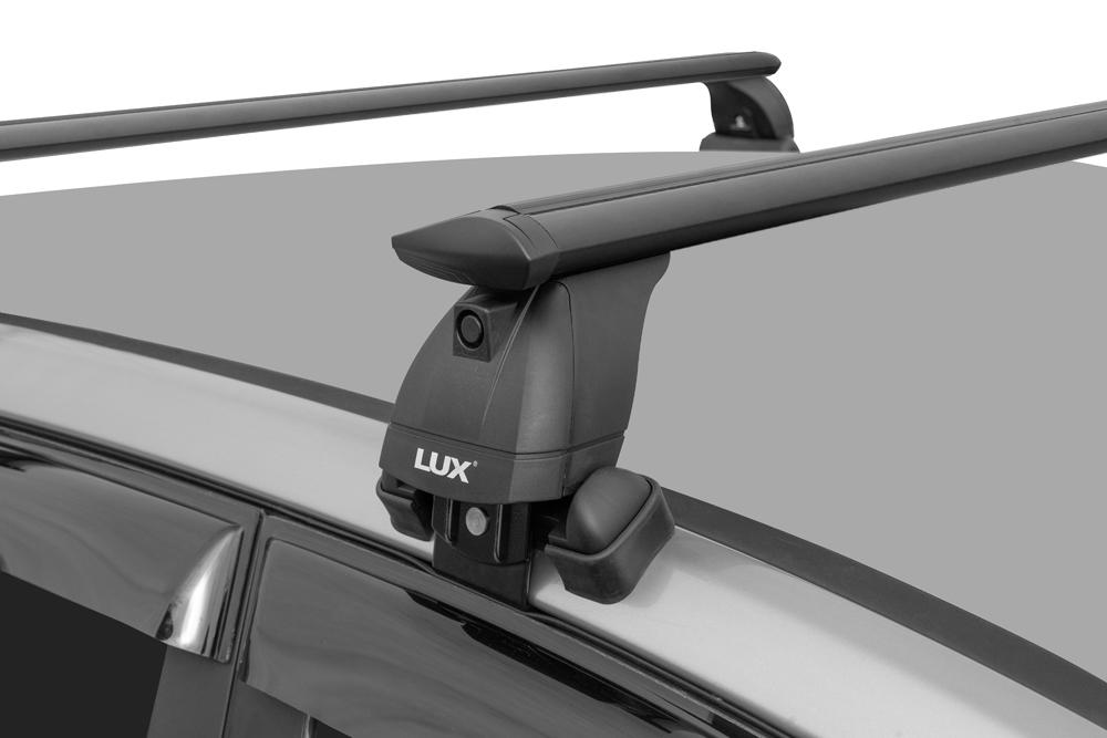 Багажник на крышу Hyundai Solaris (c 2017г, sedan), Lux, черные крыловидные дуги