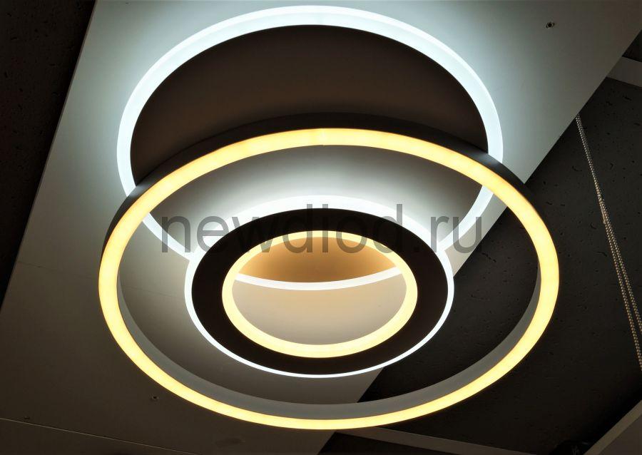 Управляемый светодиодный светильник GEOMETRIA 9254-3 90Вт-23м² 6/3/4000K пульт 500мм белый Oreol