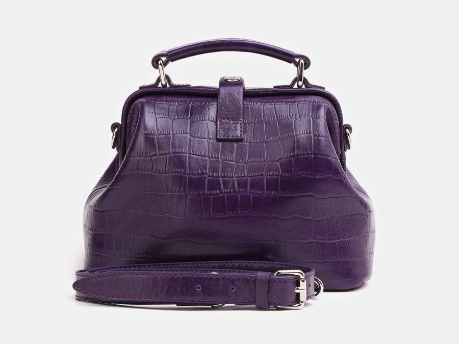 """Женская сумка-саквояж из натуральной кожи Alexander-TS """"W0013 Violet Croco"""""""
