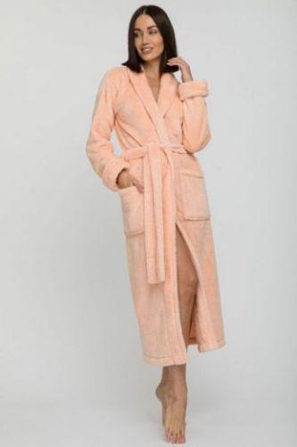 Женский удлиненный пушистый халат из велсофта Tendre персиковый