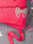 РБ 00-0012622 Шапка вязаная для девочек на завязках с ушками, бусинки и стразы, сбоку бантик, фуксия