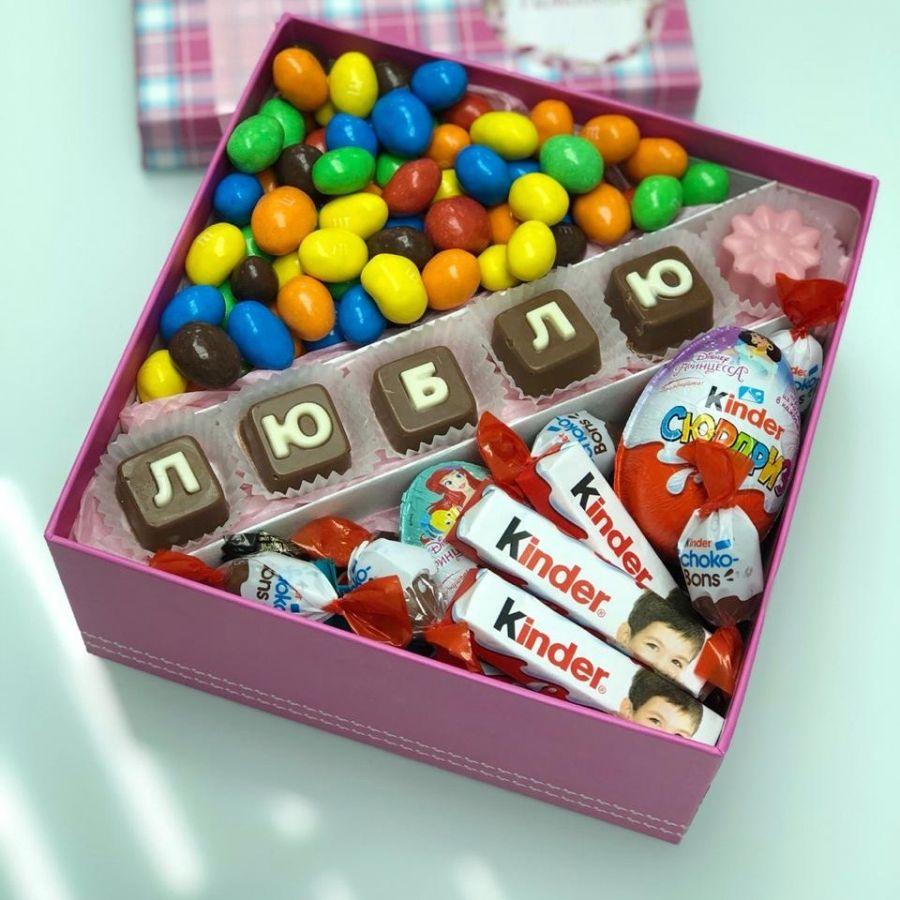 Коробочка со сладостями микс