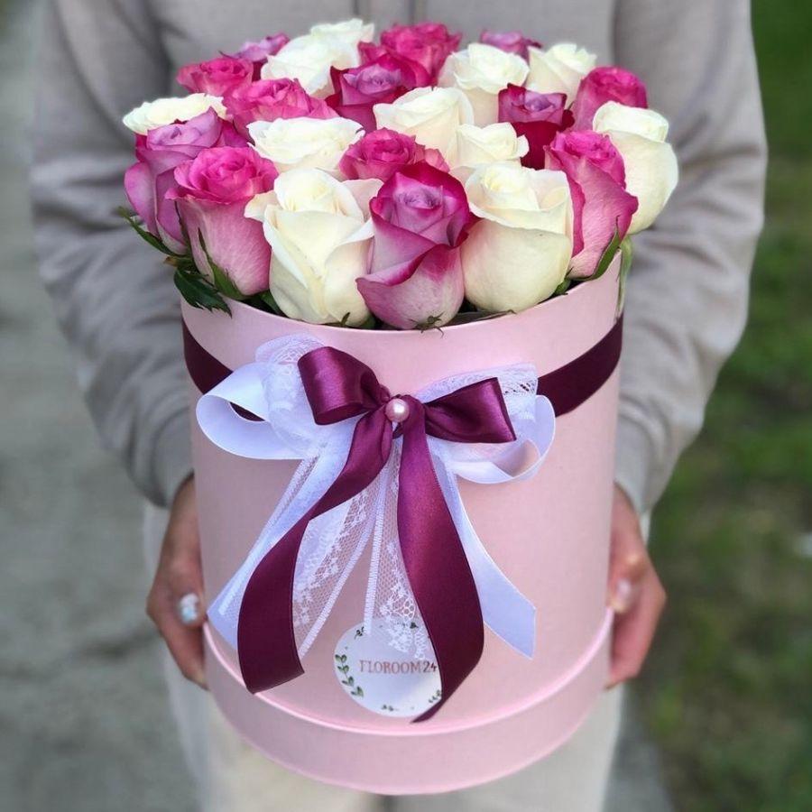 25 роз микс в шляпной коробке