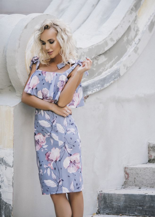 1104. Платье
