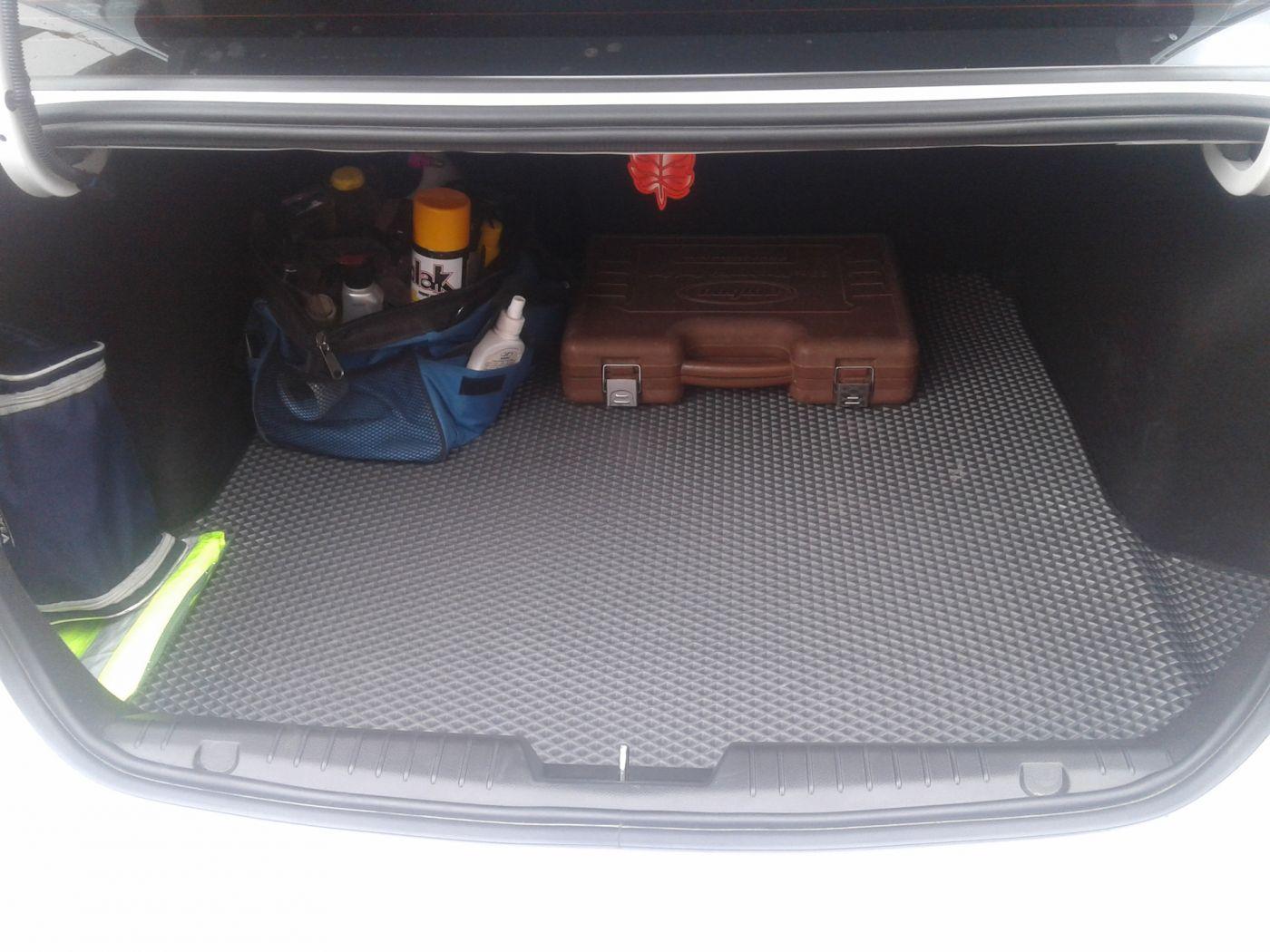 EVA коврики в багажник на Hyundai Solaris (2017-2020)
