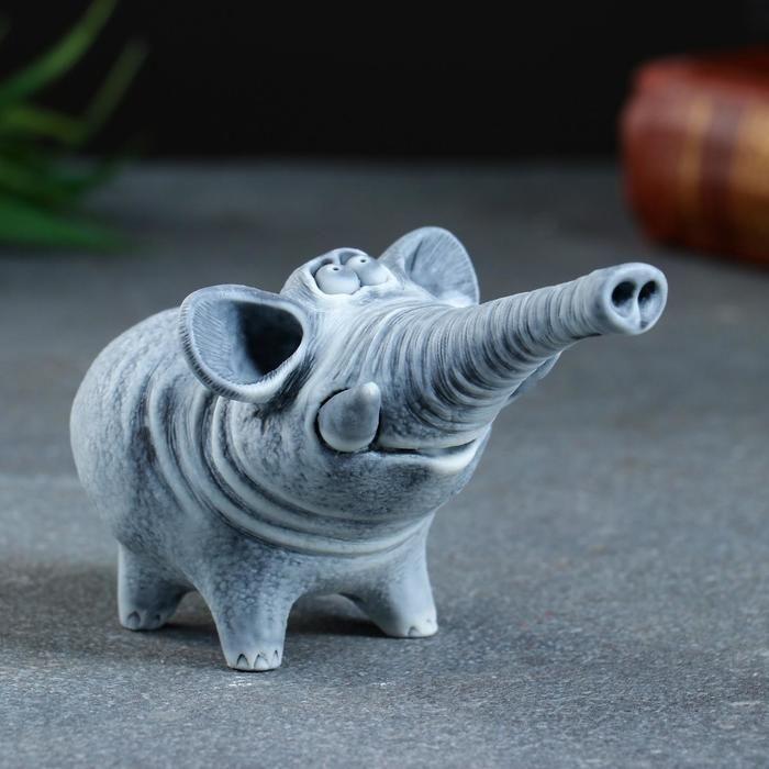 "Сувенир ""Слон трубит (авторский М. Бруй) 10х6см 5221979"
