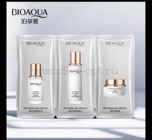 Оригинал  Bioaqua элегантный набор для беление веснушек , увлажняющий, освежающий контроля уровня масла кожа