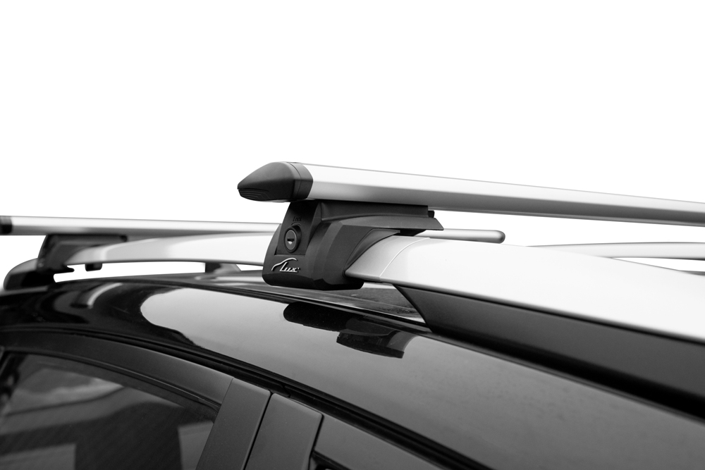 Багажник на рейлинги Lux Элегант, крыловидные дуги 82 мм