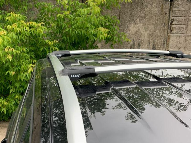 Багажник на рейлинги  Volkswagen Terramont, Lux Hunter L56-R, серебристый, крыловидные аэродуги