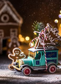 Postcard There is a holiday in the gingerbread town
