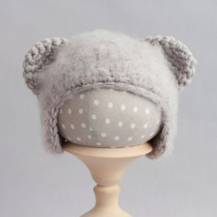 Вязаная шапочка Медвежонок пушистый Серый