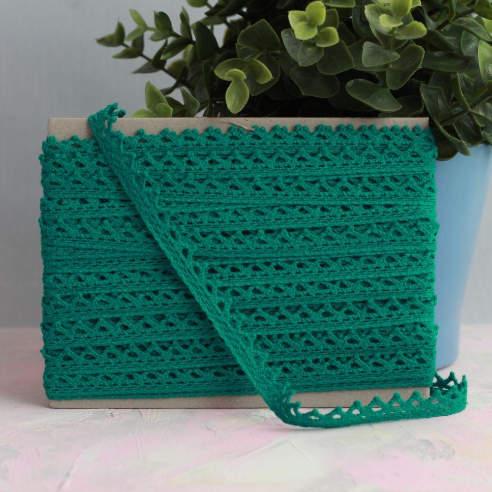 Тесьма кружевная вязаная, изумрудно-зелёный