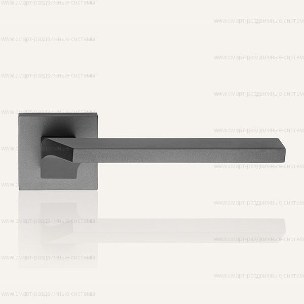 Ручка на розетке Linea Cali Giro 487 RO 024