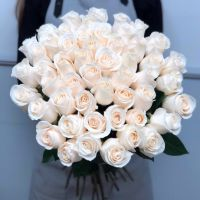 АКЦИЯ Белые розы Эквадор 60 см от 11 штук