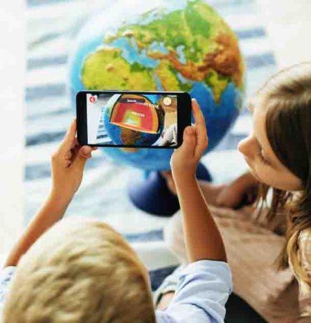 Интерактивный глобус Земли физико-политический