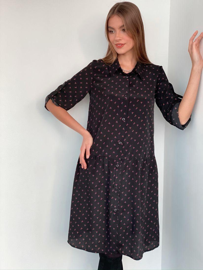 3280 Платье-рубашка с воланом чёрное в розовый цветок