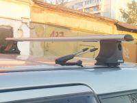 Багажник на крышу Mitsubishi Outlander 2003-06 (со штатными местами), Атлант, аэродинамические дуги