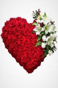 Фото Венки в форме сердца