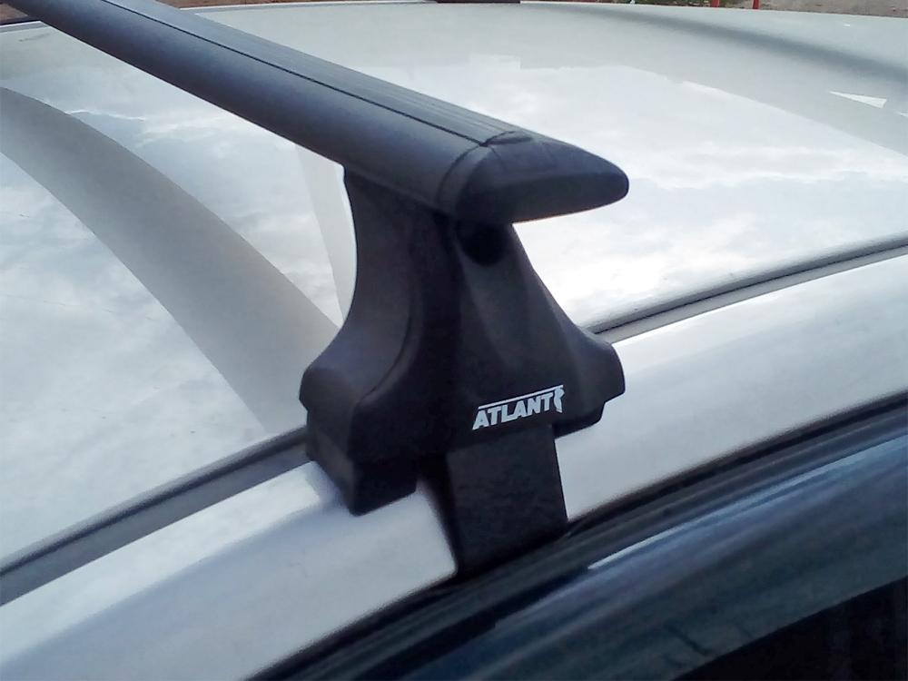 Багажник на крышу Mitsubishi ASX, без рейлингов, без штатных мест, Атлант, крыловидные аэродуги (черный цвет)
