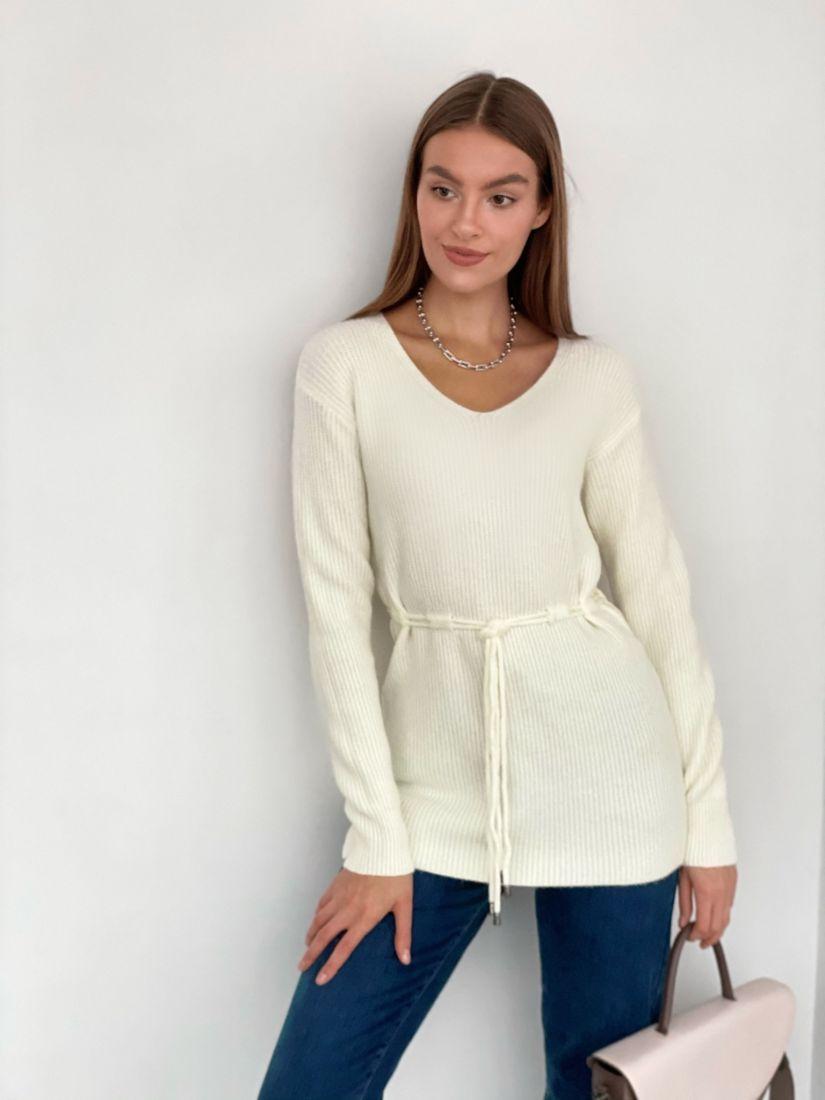 s3346 Удлинённый пуловер на кулиске молочный