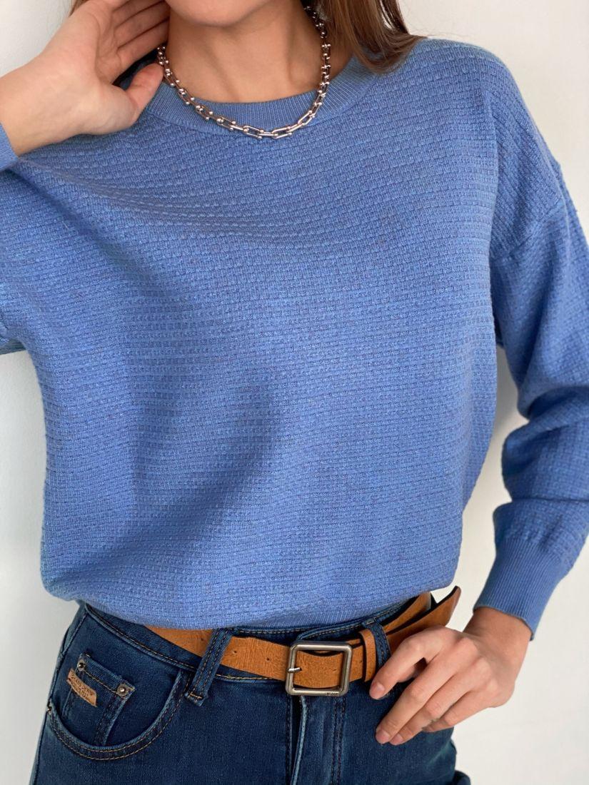 s3354 Джемпер с рельефным узором голубой