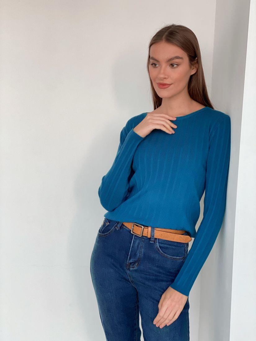 s3356 Тонкий джемпер в сине-голубом цвете с вертикальными полосками