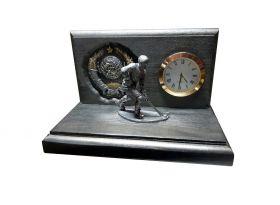 Настольные часы «Хоккеист СССР». Герб СССР