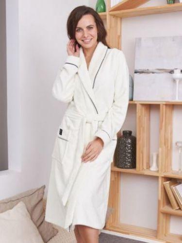 Женский махровый халат Trendy крем