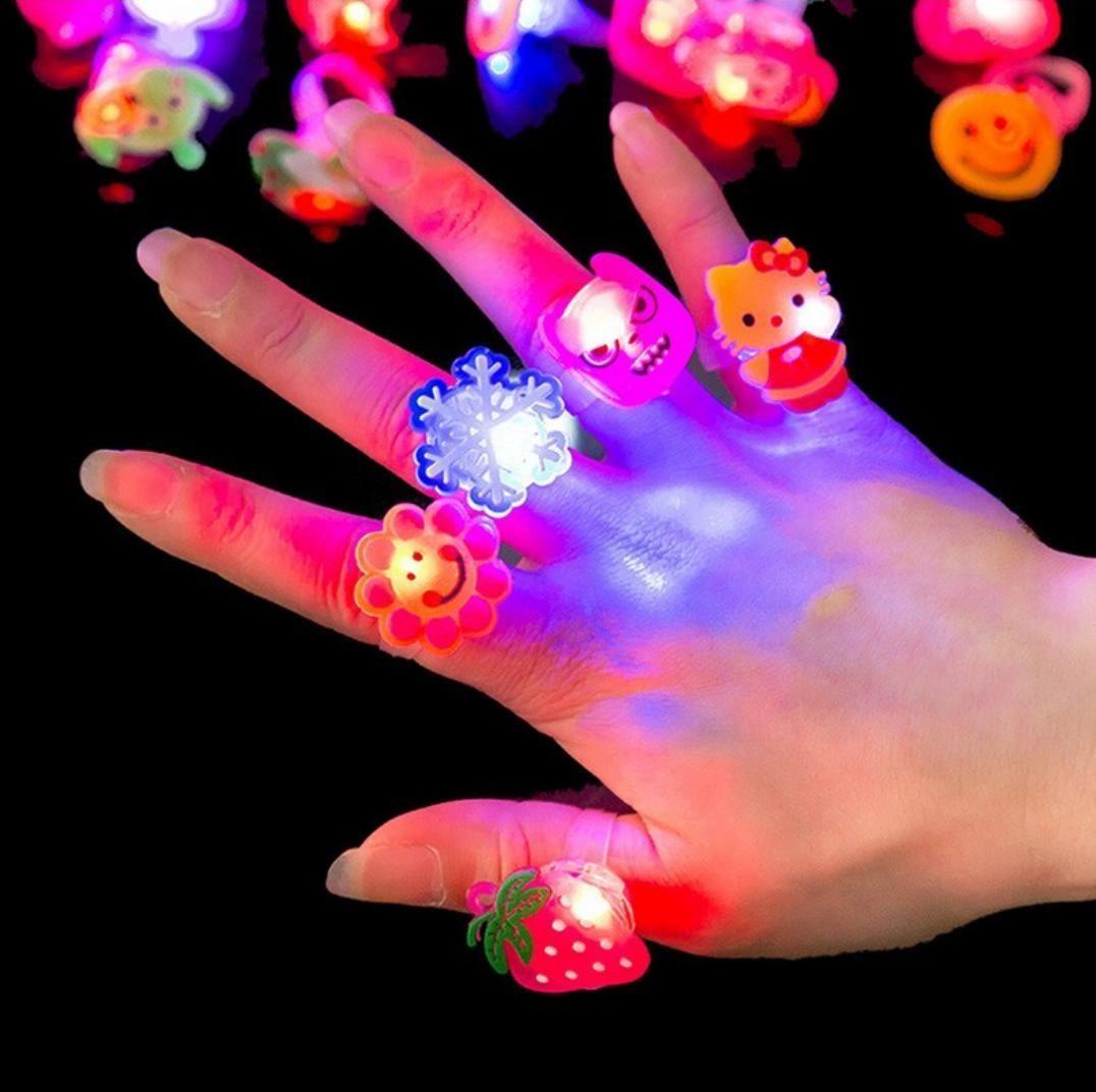 Светящееся кольцо детское в ассортименте, в капсуле 45 мм