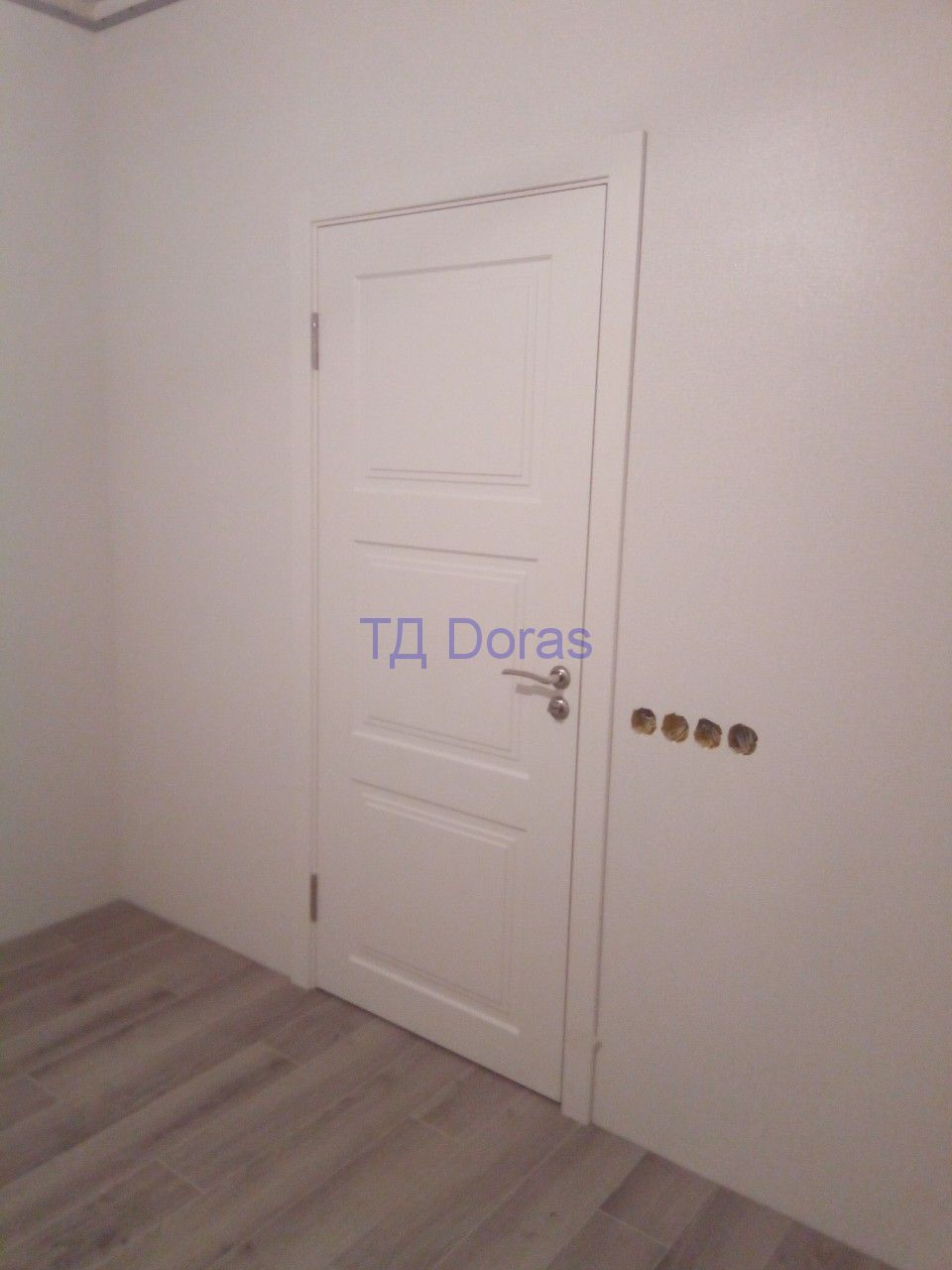 """Межкомнатная дверь """"Степ 4"""" массив в ПВХ, цвет белый снег матовый, глухая"""