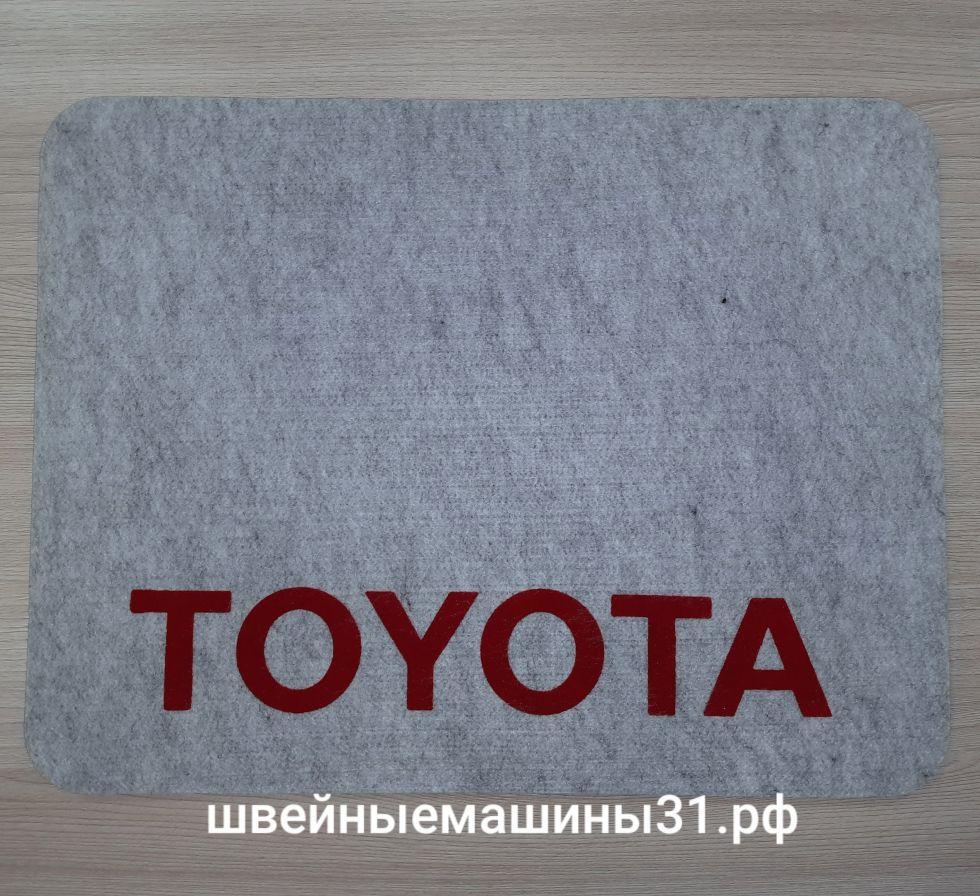 Коврик Toyota.    Цена 550 руб