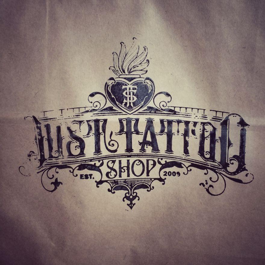 """Пакет """"Just Tattoo Shop"""" бумажный"""