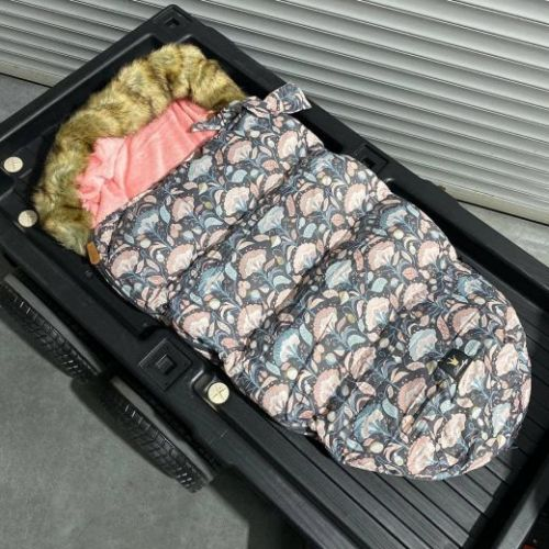 Зимний утеплённый конверт для коляски Корень лотоса