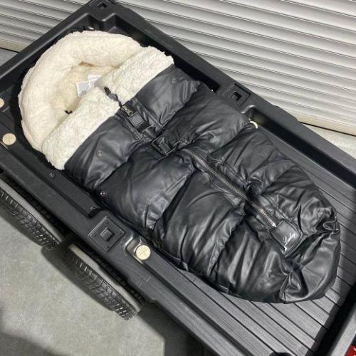 Зимний утеплённый конверт для коляски черная эко-кожа