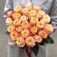25 персиковых роз 60 см
